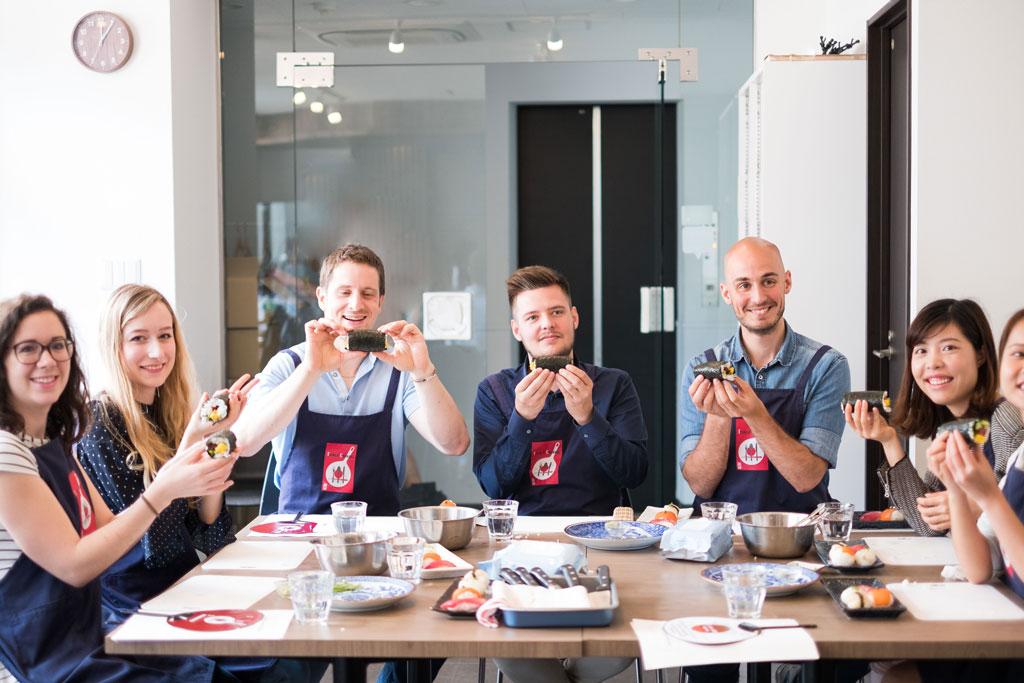 Corporate Team Building Cooking Tsukiji Cooking 築地クッキング